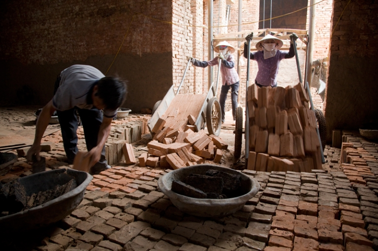 brigg work Vietnam Hanoi people photography