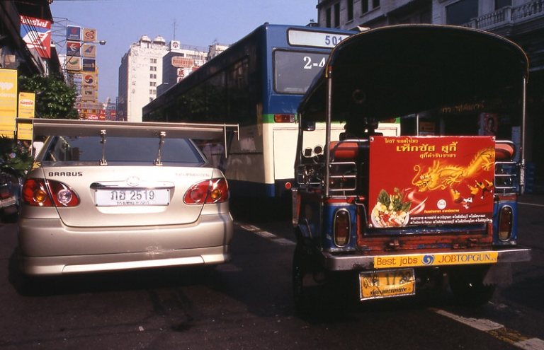 bangkok-traffic-jam-taxi-tuc-tuc-bus-brabus