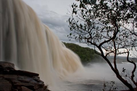 Venezuela roadtrip amazonas Orinoco Caracas Salto Angel Wasserfall