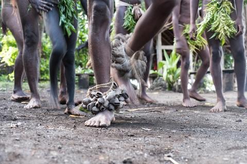 Vanuatu smol Namba dance